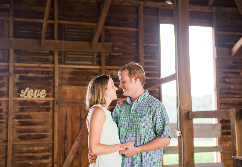 maryland-engagement-photographer-shoemaker-homestead-taneytown-0006-photo