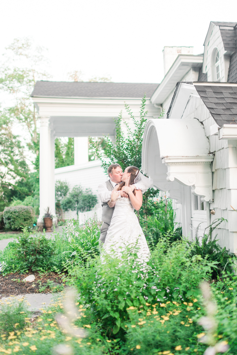 maryland-wedding-photographer-overhills-mansion-catonsville-0027-photo