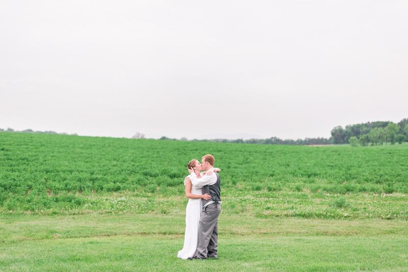 maryland-wedding-photographer-shoemaker-homestead-taneytown-0060-photo