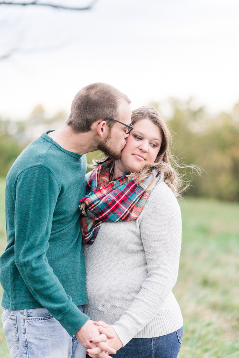 Fall engagement session in Gettysburg National Military Park