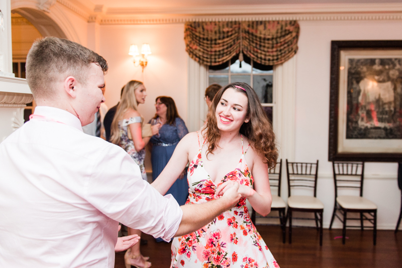 Wedding Photographers in Maryland Liriodendron Mansion Bel Air friendly entertainment