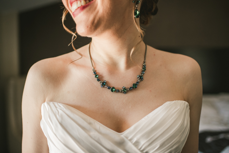 Industrial chic April wedding in Baltimore City's Radisson Hotel by Britney Clause Photography