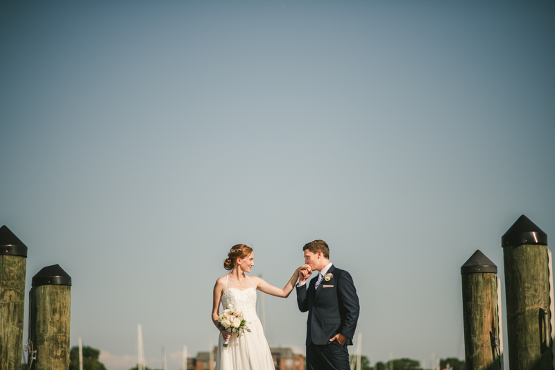 Summer wedding portraits in Downtown Annapolis by Britney Clause Photography, wedding photographers in Maryland