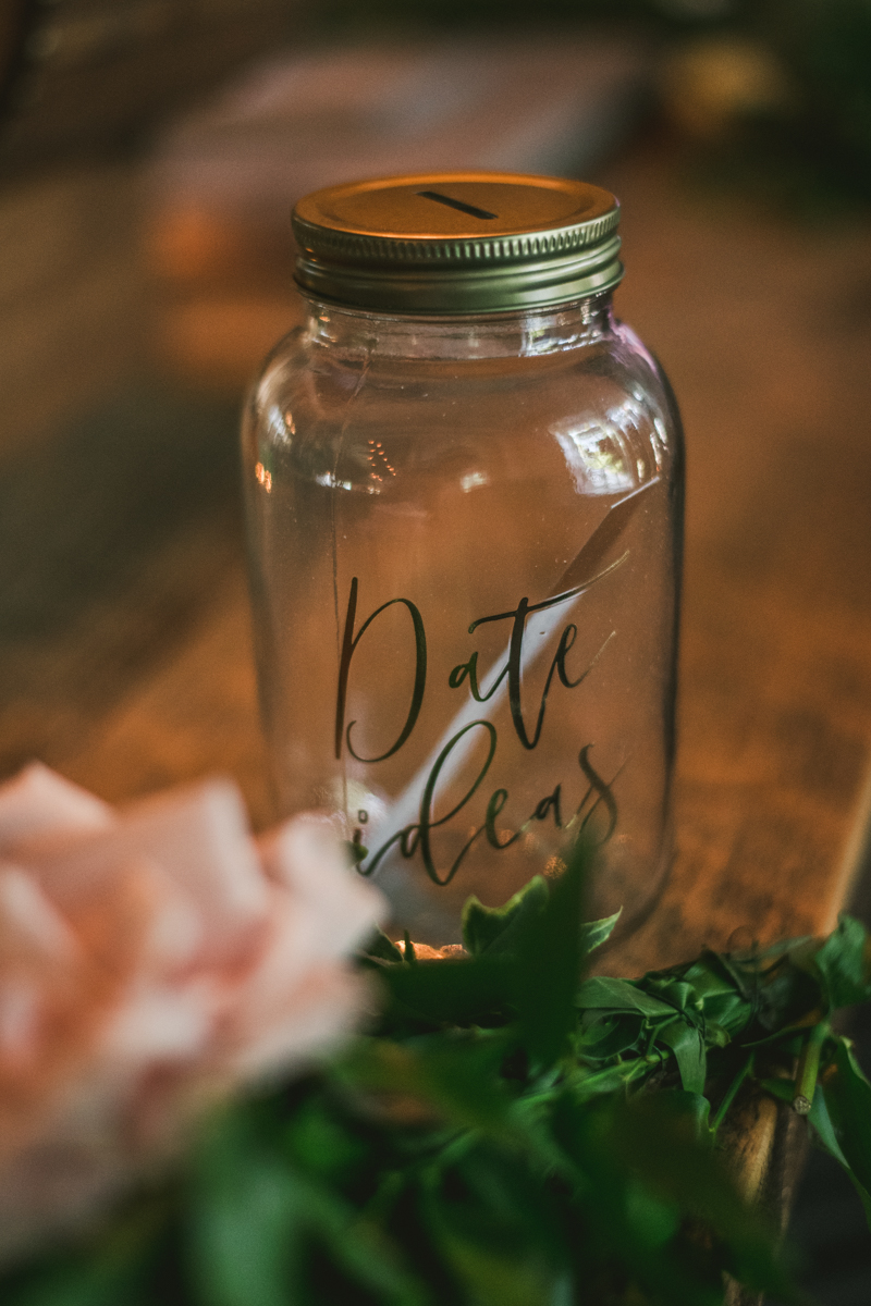 A July wedding reception at Blackwall Hitch restaurant in Annapolis, by Britney Clause Photography, wedding photographers in Maryland