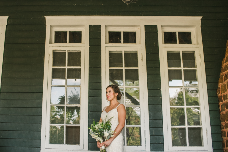 A beautiful September wedding at the Sherwood Forest Clubhouse in Annapolis, Maryland by Britney Clause Photography