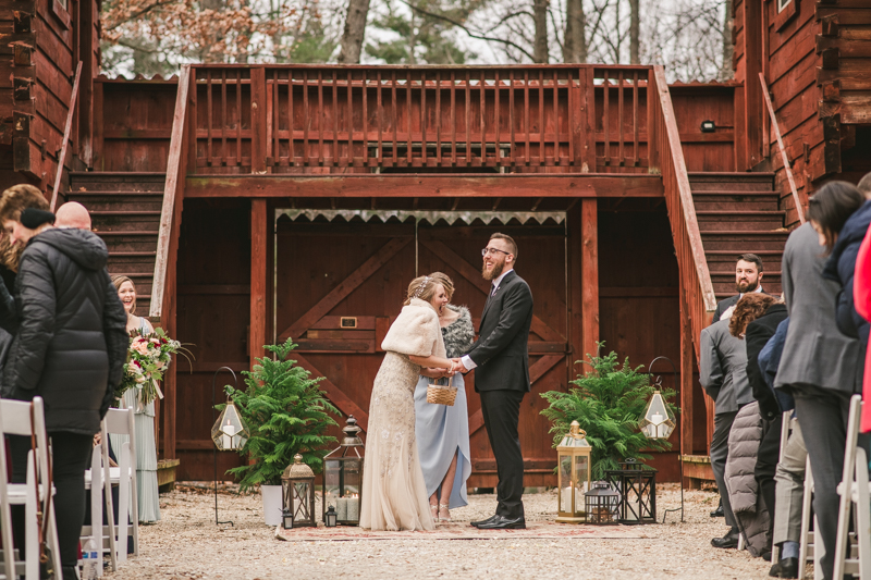 A cozy wedding ceremony under the stars at Camp Puh'Tuk in the Pines in Monkton Marlaynd by Britney Clause Photography