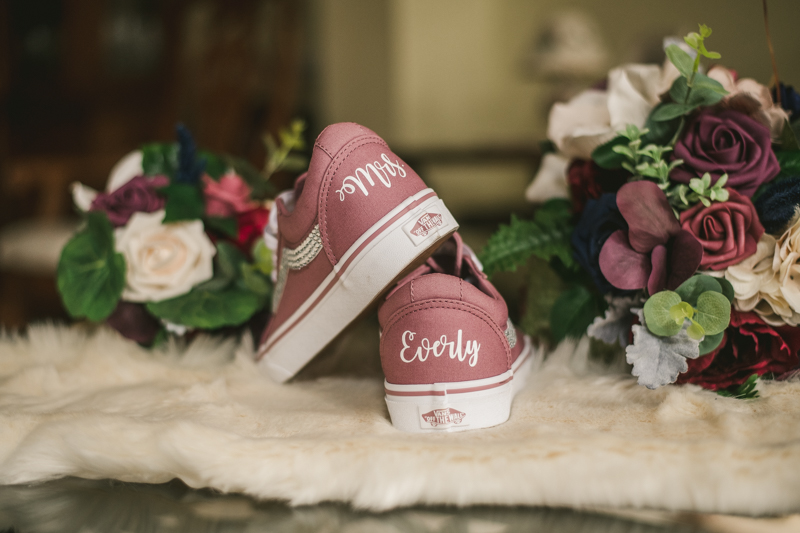 Beautiful Disney inspired wedding details in Pasadena, Maryland by Britney Clause Photography
