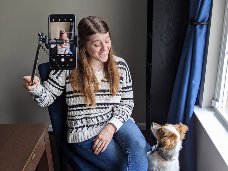 How to turn selfies in to headshots with your cellphone with Maryland photographer Britney Clause Photography
